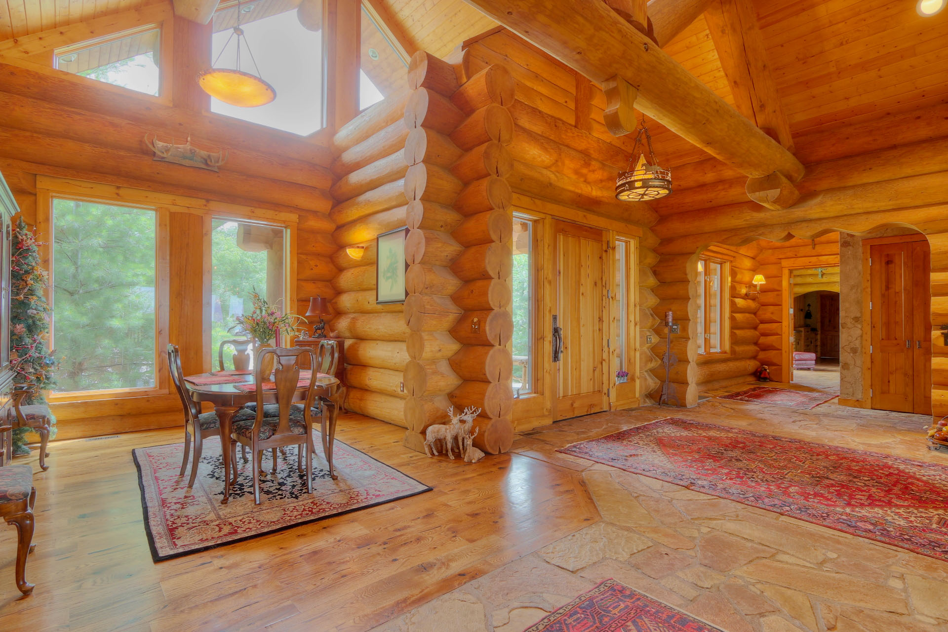 Log home photo gallery north american log crafters for House inside images