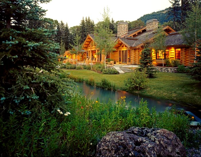 Log home photo gallery north american log crafters for Canadian house styles