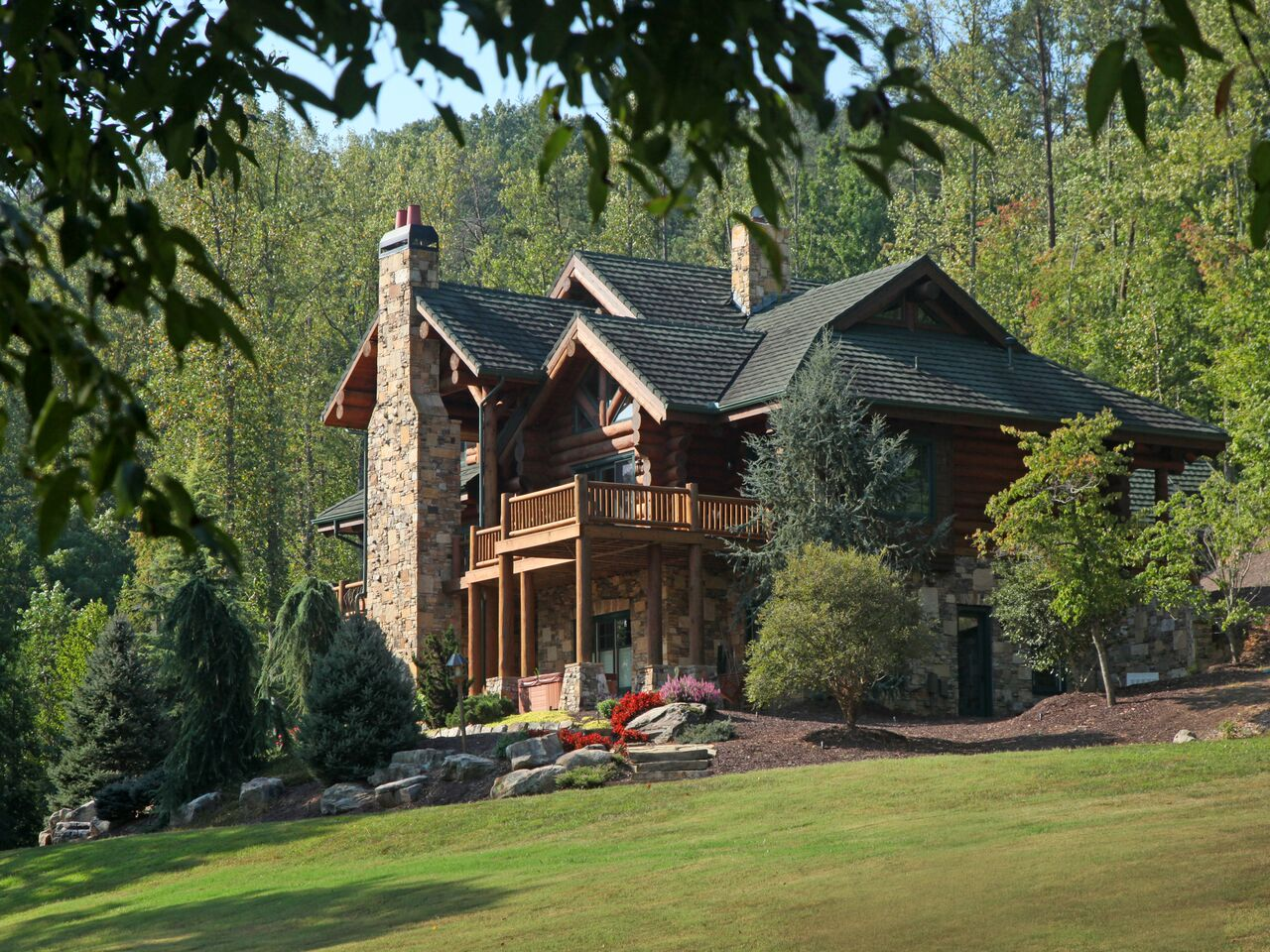 Classic full log homes log cabin builders custom for Custom rustic homes