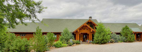 Log Home Entrance Small
