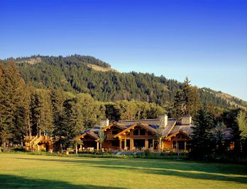 Log Home Exterior 1.smalljpg