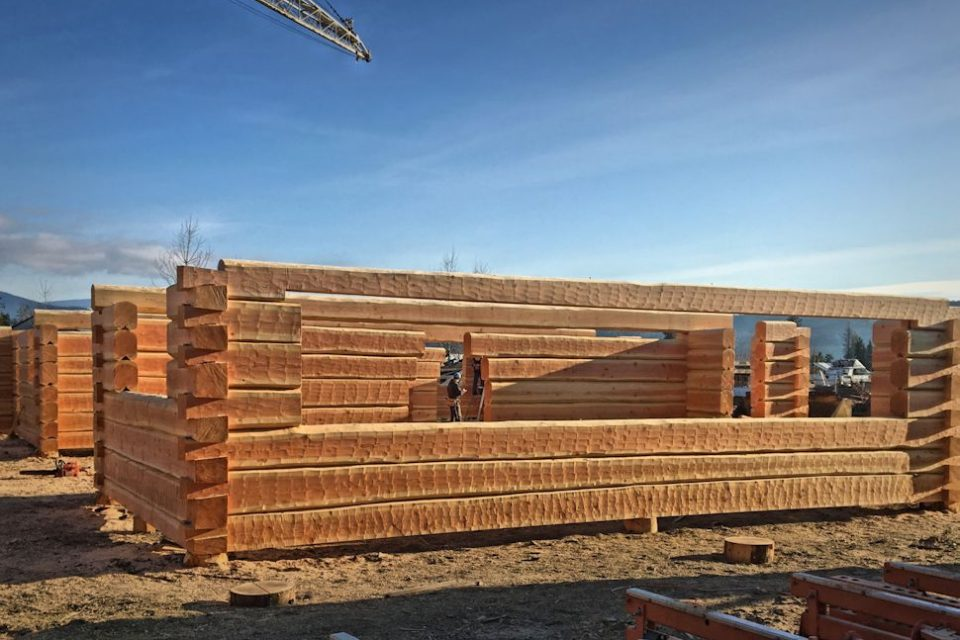 Dovetail Log House Construction