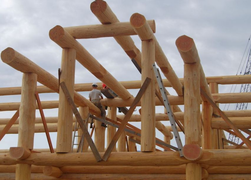 Log Home Builders