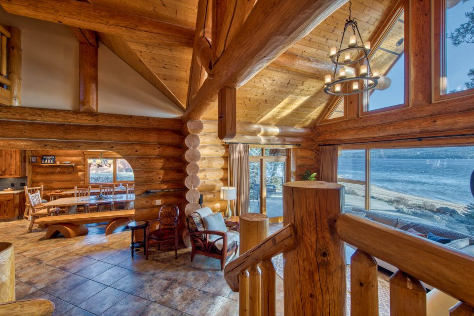 Log Cabin Lakeview