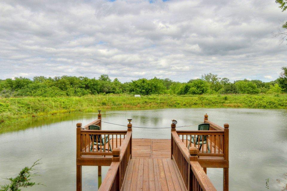 Log Home Swimming Pond