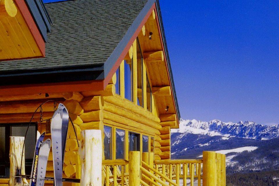 Log Ski Lodge Slopeside