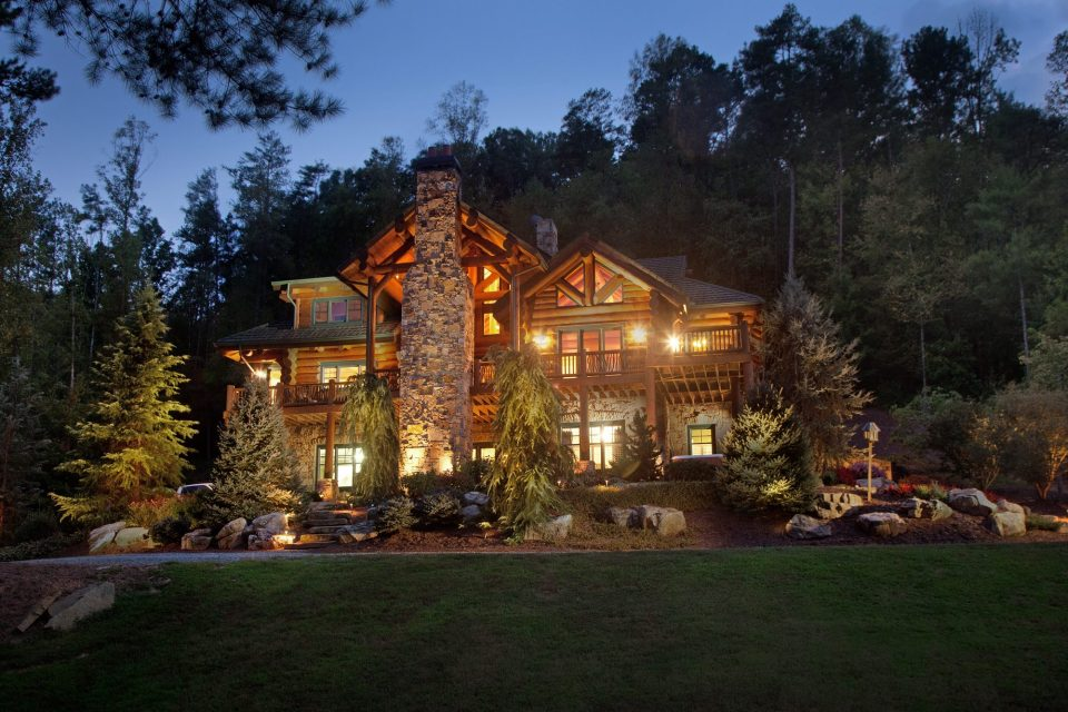 Log Lodge Exterior